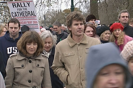 More than 2000 people rallied to save Christchurch Cathedral