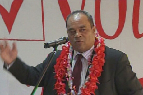 Labour leader David Shearer is facing party in-fighting over the gay ...