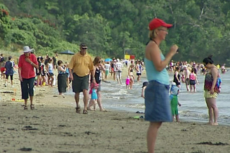 Two-hour queue for park at Long Bay beach